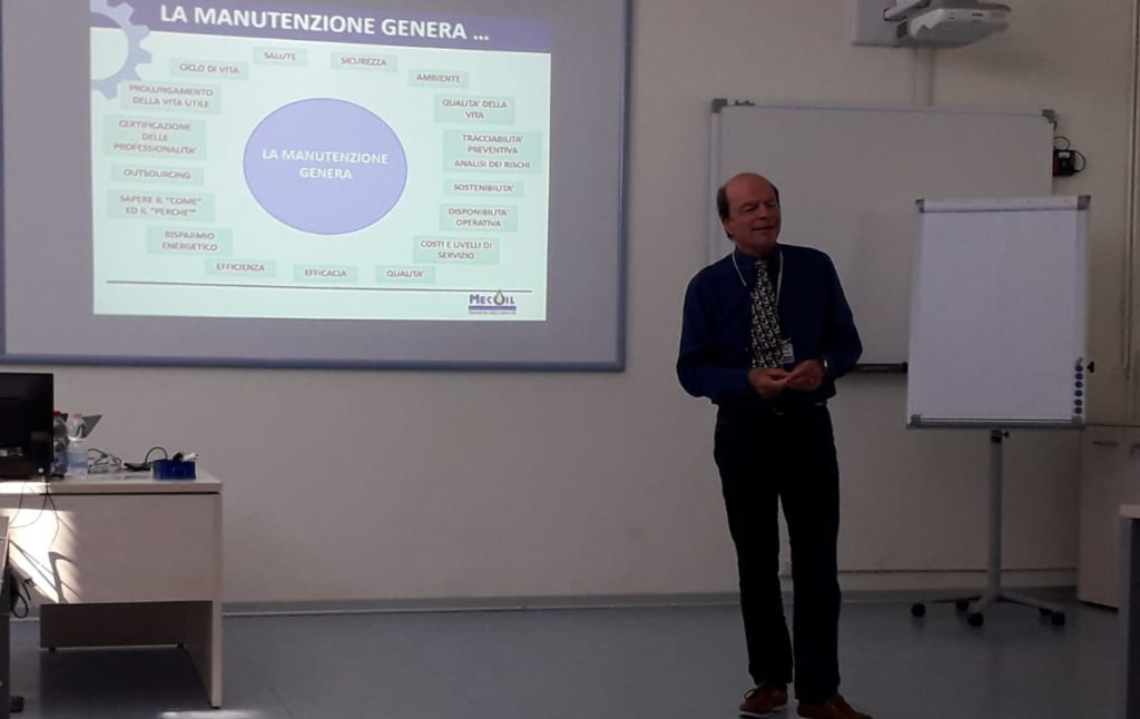 (Italiano) Workshop Movet: la fusione tra meccanica ed elettronica